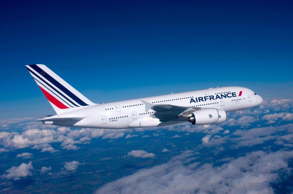 air france - Air France перенесла половину рейсов из-за забастовки