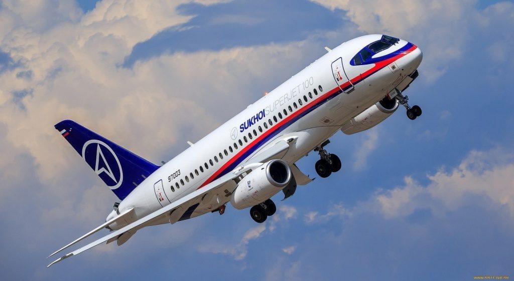 sukhoi superjet 100 aviaciya passazhirsk 1239137 1024x561 - Интересные факты про авиаперелеты и самолеты