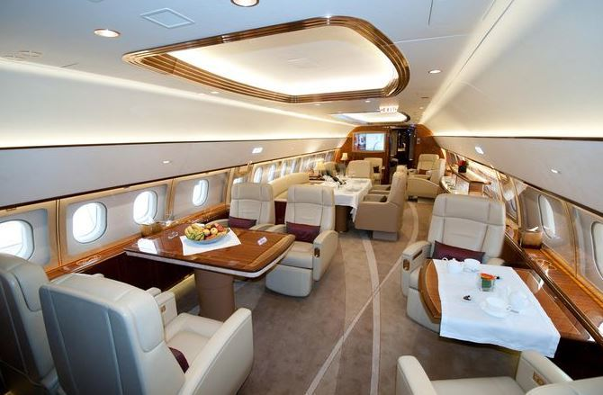 1007 4151e - Самолёты Falcon 7X и 8X: какая модель подкупит рынок?