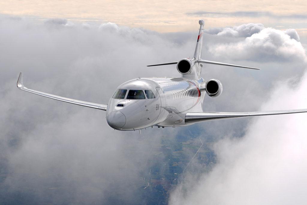 1007 99a5d 1024x682 - Самолёты Falcon 7X и 8X: какая модель подкупит рынок?