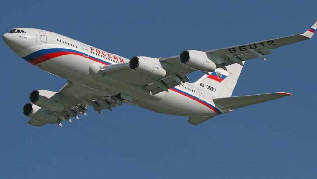 11 1 1024x579 - На самолетах Ил-96-300 заменят иностранное бортовое оборудование
