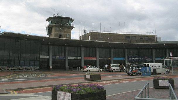 13 11 - Аэропорт Лидс (Leeds/bradford) коды IATA: LBA ICAO: EGNM город: Лидс (Leeds) страна: Великобритания (United Kingdom)
