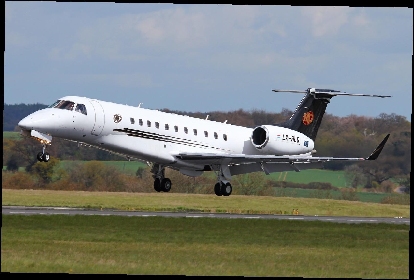 160 - Аэропорт Лангимар (Langimar) коды IATA: LNM ICAO:  город: Лангимар (Langimar) страна: Папуа - Новая Гвинея (Papua New Guinea)