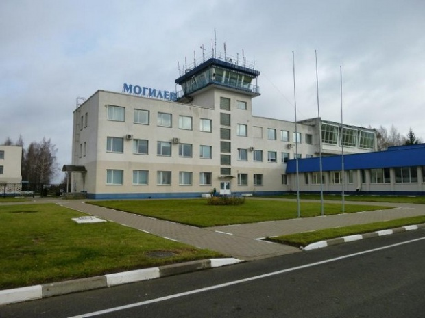 17 15 - Аэропорт Могилев (Mogilev) коды IATA: MVQ ICAO: UMOO город: Могилев (Mogilev) страна: Беларусь (Belarus)