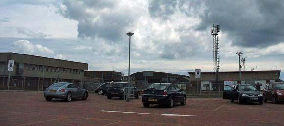 2 15 - Аэропорт Англси (Anglesey Airport) коды IATA: HLY ICAO: EGOV город: Англси (Holyhead) страна: Великобритания (United Kingdom)