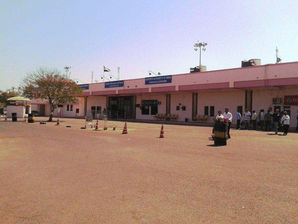 22 9 1024x768 - Аэропорт Бхавнагар (Bhavnagar) коды IATA: BHU ICAO: VABV город: Бхавнагар (Bhavnagar) страна: Индия (India)