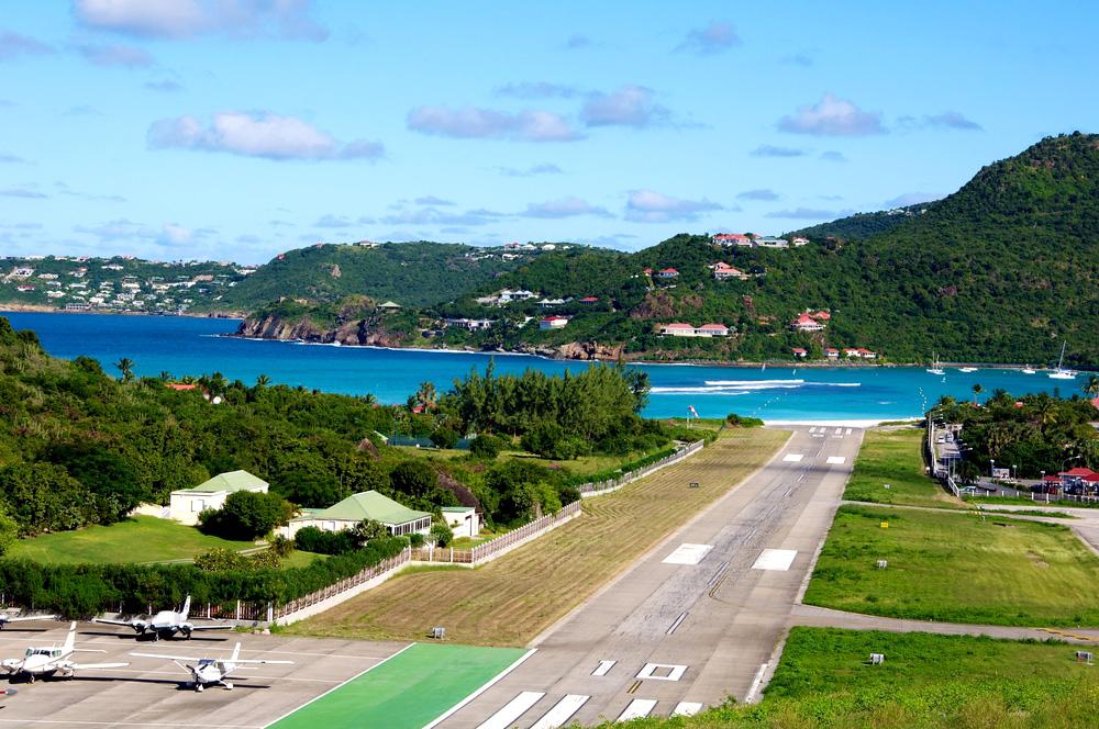 Аэропорт Вьекес