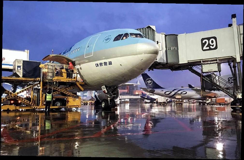 31 7 - Аэропорт Гринэм (Greenham RAF) коды IATA: EWY ICAO:  город: Ньюбери (Newbury) страна: Великобритания (United Kingdom)