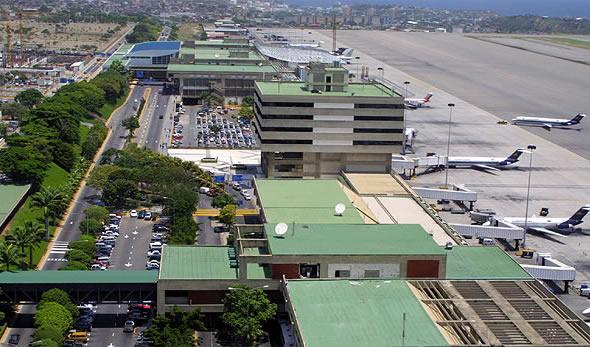 34 6 - Аэропорт Каракас (Simуn Bolнvar International) коды IATA: MIQ ICAO: KMLE город: Каракас (Maiquetнa) страна: Венесуэла (Venezuela)