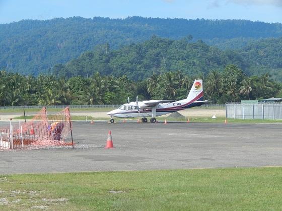 6 16 - Аэропорт Айтапе (Airstrip) коды IATA: ATP ICAO:  город: Айтейп (Aitape) страна: Папуа - Новая Гвинея (Papua New Guinea)