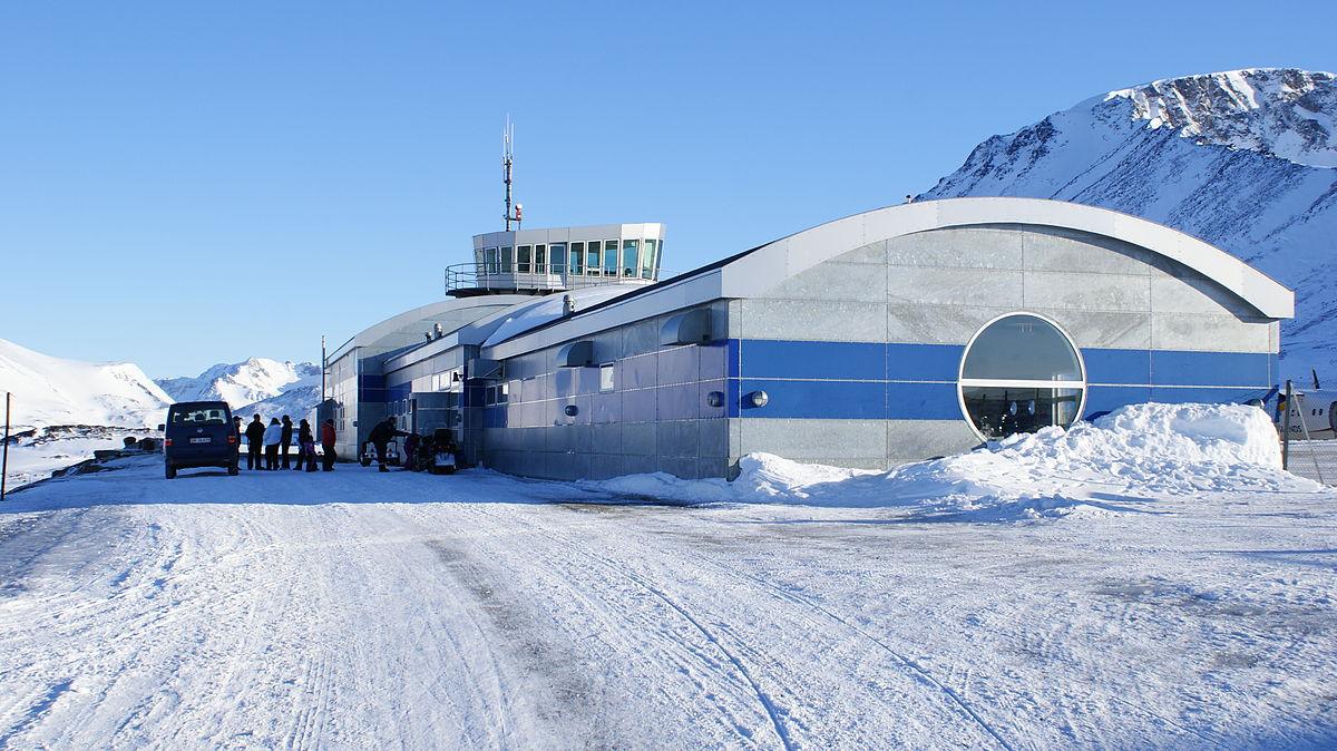 6 - Аэропорт Кулусук (Kulusuk) коды IATA: KUS ICAO: BGKK город: Кулусук (Kulusuk) страна: Гренландия (Greenland)