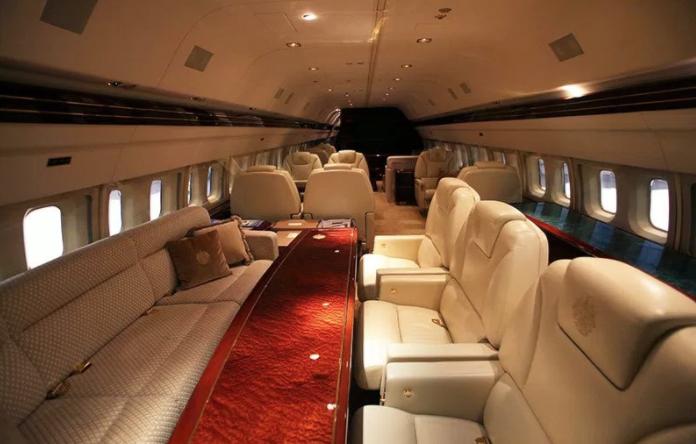 999 819c6 - Трамп форс – один: частный самолет президента США