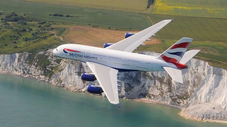 Аэропорт Хитроу отмечает 10-летие первого рейса A380