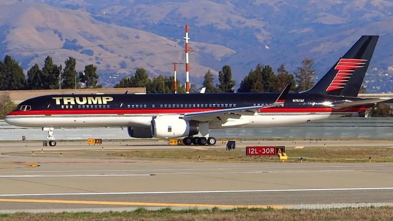 c47db65546d5919021c32248ea172ab9 - Трамп форс – один: частный самолет президента США