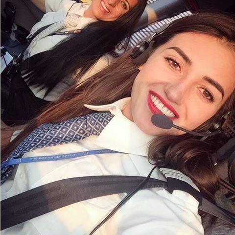 meras - Самые красивые женщины-пилоты по версии портала aviav.ru