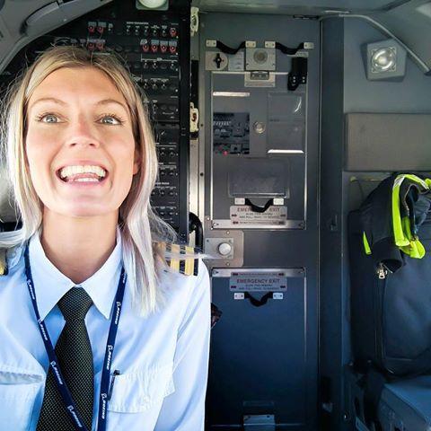 peterson - Самые красивые женщины-пилоты по версии портала aviav.ru