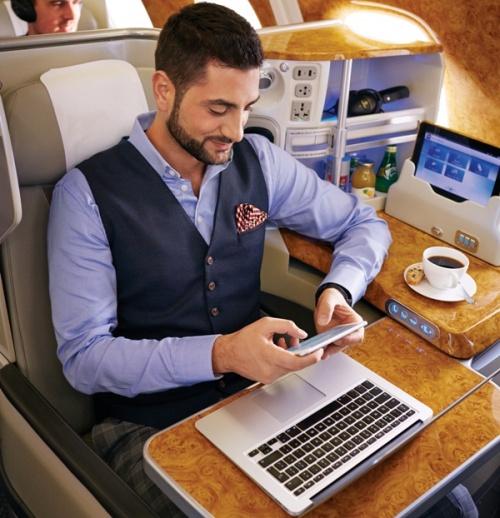 10 лет сотовой связи на борту авиалайнеров Emirates