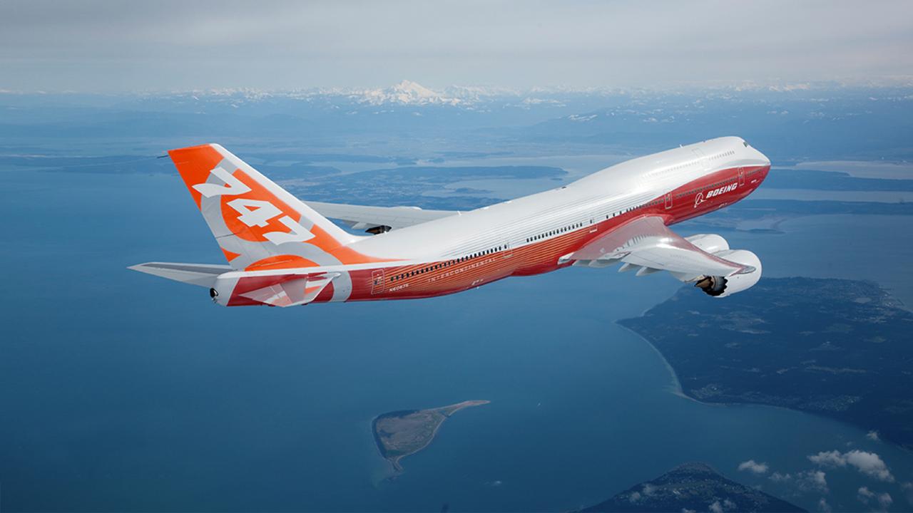 boeing 787 meets 7e7 2 by b737theairliner d6clxml - Россия продолжит поставку титана Бойнгу несмотря на санкции