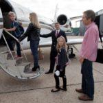 1 9 150x150 - Если вы достаточно богаты, то можете отправиться в полет на частном самолете с актером Аль Пачино