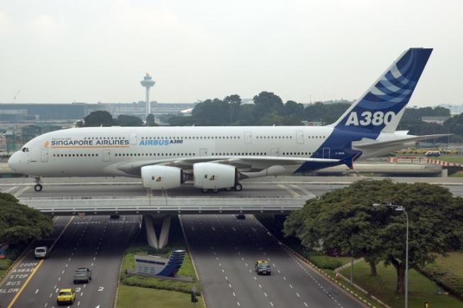 2 14 - Airbus рассматривает возможность вывода своих предприятий из Великобритании