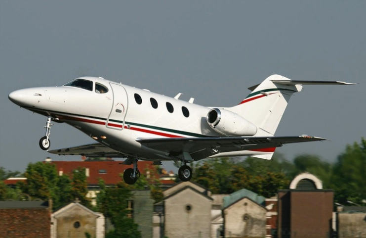 4. Premier 1A - 7 лучших частных самолетов, которыми может управлять один пилот