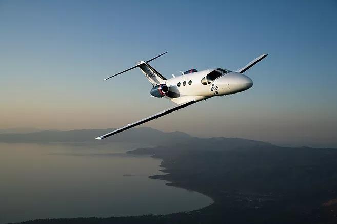 6 2 - Чего ожидать, когда летишь частным самолетом