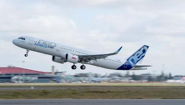 A321neo TAKE OFF  - Авиакомпании борются за прибыли ценой удобств и комфорта пассажиров