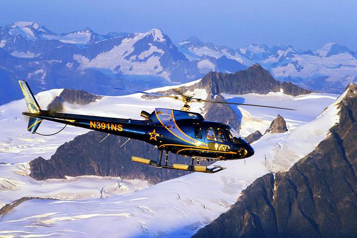 AS350 pic700 700x467 43681 - Вертолетные рейсы на горнолыжные курорты Франции: актуальные направления и цены