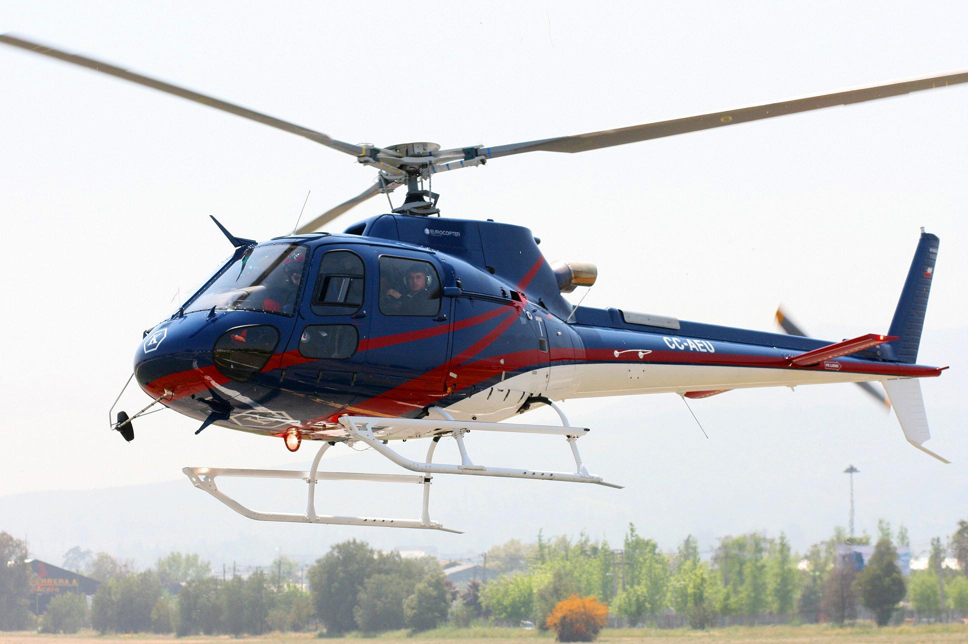 AS350B3 foto 401 1 - Горнолыжные курорты Франции: сколько стоит долететь туда на вертолете
