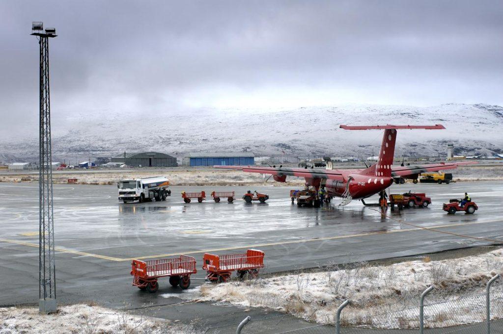 Ae`roport Kangerlussuaka Grenlandiya 1024x681 - Аэропорты Гренландии
