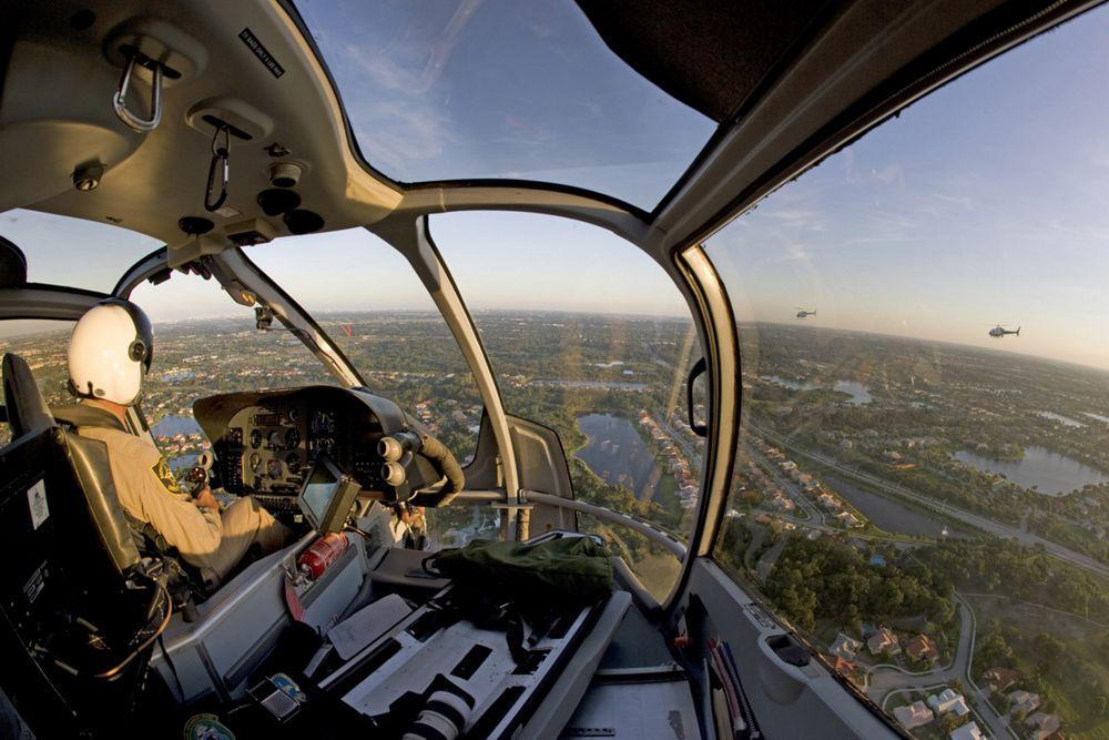 H130 DIGIT 03245 - Вертолетные рейсы на горнолыжные курорты Франции: направления, цены, услуги