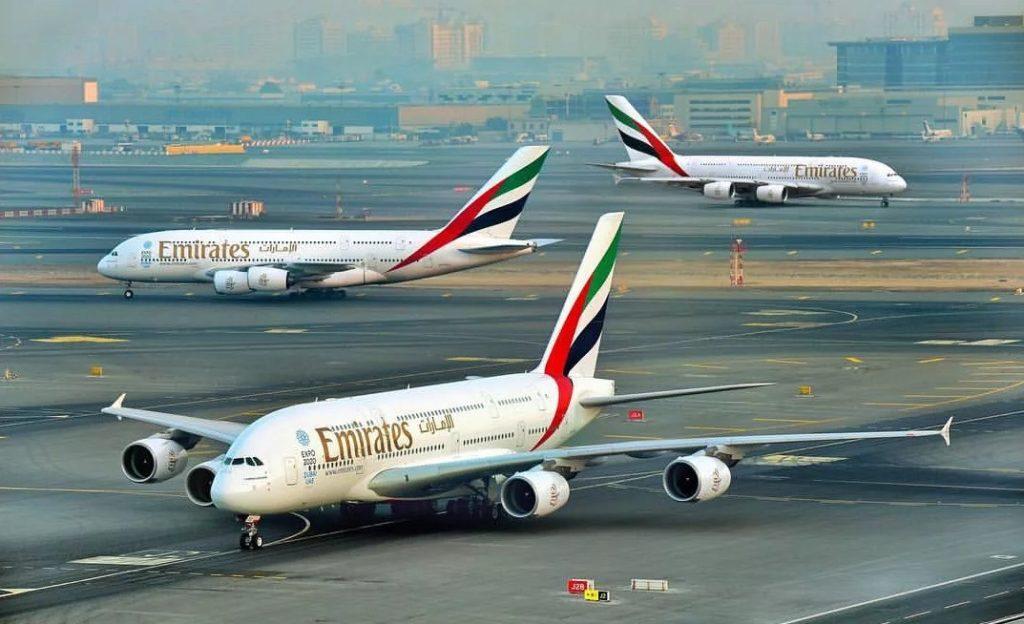 Clip2net 180618174824 1024x624 - Emirates раздает мороженое пассажирам в аэропорте Дубая