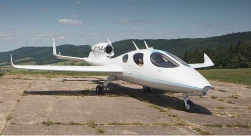 Самый маленький в мире бизнес-джет Flaris-Lar -10