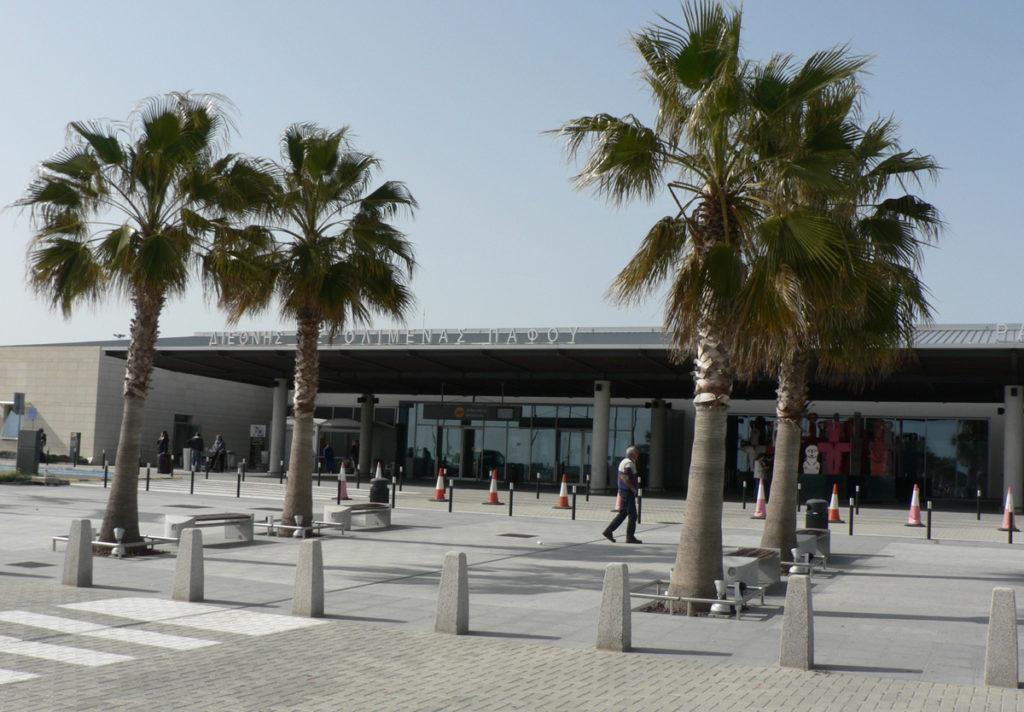 airportPafosOutside 1024x712 - Аэропорты Кипра