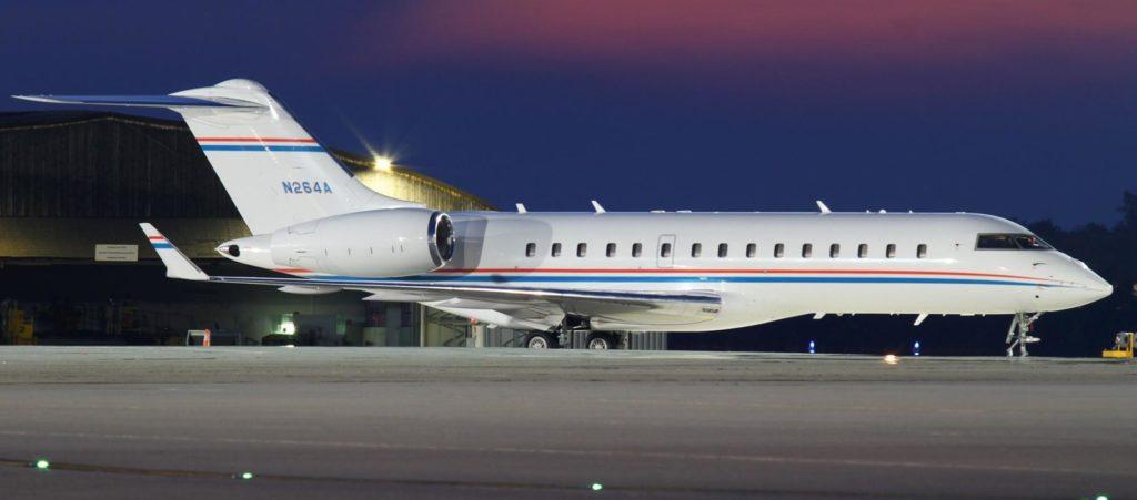 n264a private bombardier bd 700 global express planespottersnet 303039 1024x451 - Впечатляющее приобретение – новый самолёт семьи Шувалова