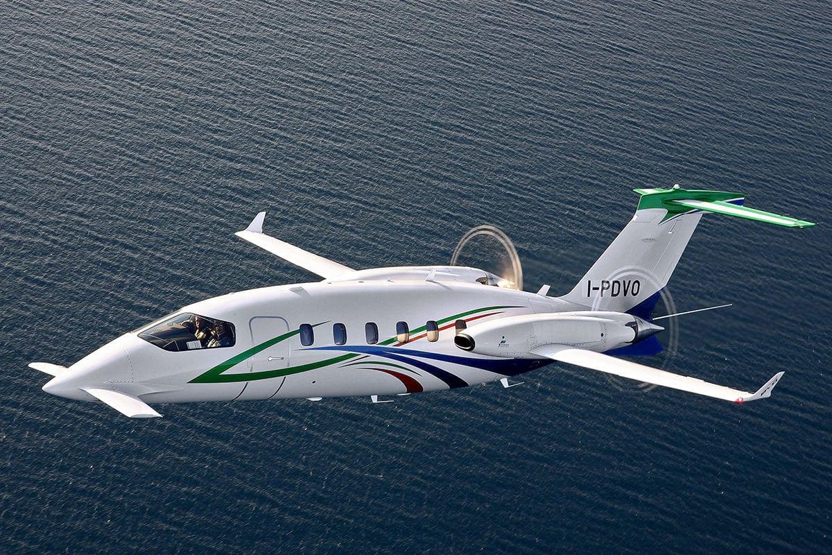 """Avanti EVO 6 - Piaggio Aerospace  и ее """"воздушный  Феррари"""""""