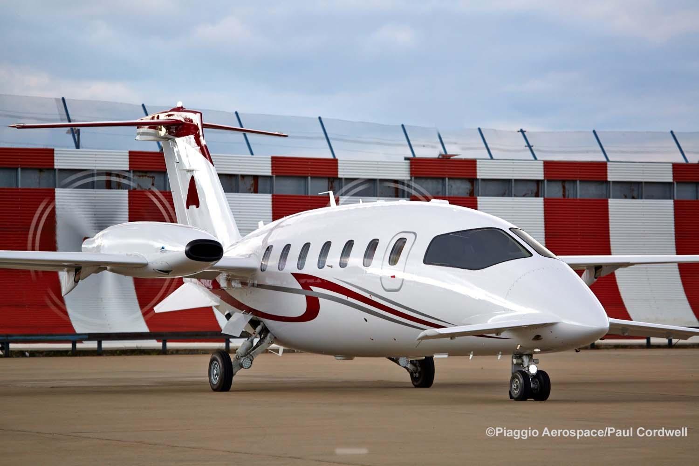 Ext Clean LR 1 - Итальянский стиль  Piaggio Avanti II против американской практичности Beechcraft King Air 350i/350iER