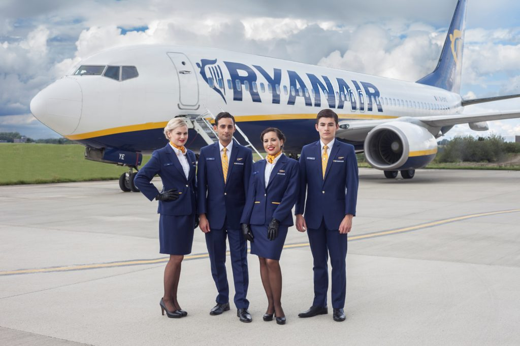 Ryanair pilotos 1024x683 - Забастовка рабочих привела к отмене более 600 рейсов