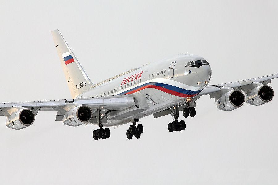 17169 - Списание президентского самолета Ил-96-300 откладывается