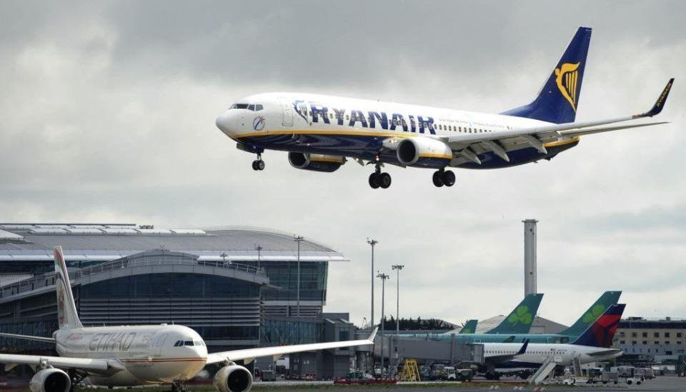 AR 308139910 - Ryanair теряет пассажиров