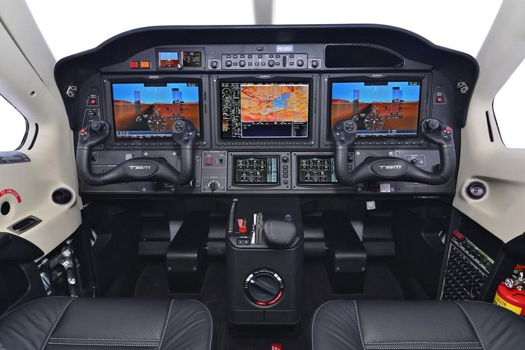tbm 930 painel free big - Какие сейчас цены на самые популярные в мире деловые самолеты?