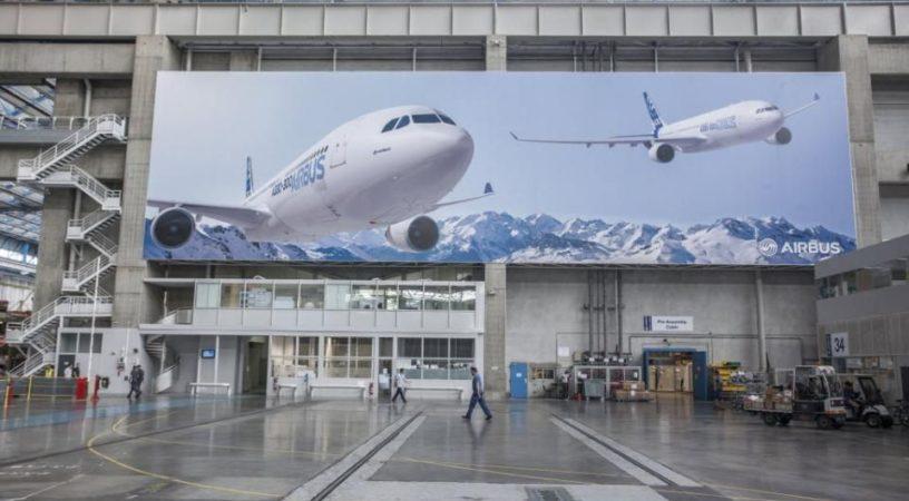 100501146 redarrow1 pa 816x450 - Новый директор по продажам Airbus  будет вести агрессивную политику