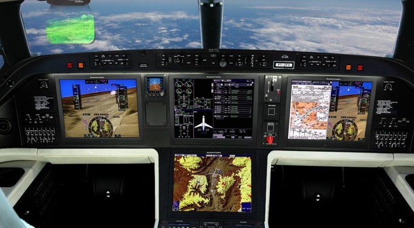 Embraer Legacy 500 Flight Deck 1920x1080 816x450 - На авиасалоне NBAA-ВАСЕ в Орландо Embraer представил два новых бизнес-джета