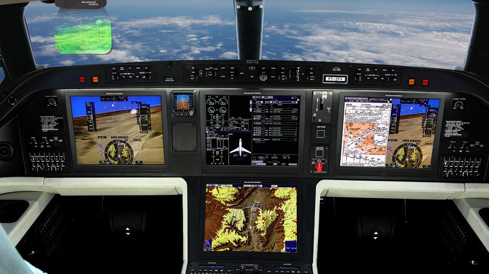 Embraer Legacy 500 Flight Deck 1920x1080 - На авиасалоне NBAA-ВАСЕ в Орландо Embraer представил два новых бизнес-джета