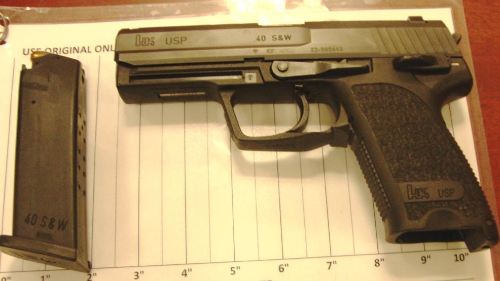 c8e04553 e838 4199 988f 408b65e47730 large16x9 BWIgun12916 - Пистолет «от мамы» изъяли в аэропорту США