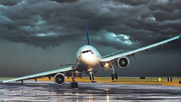 e7ePbHSoU4u - Ryanair. Полёт в шторм