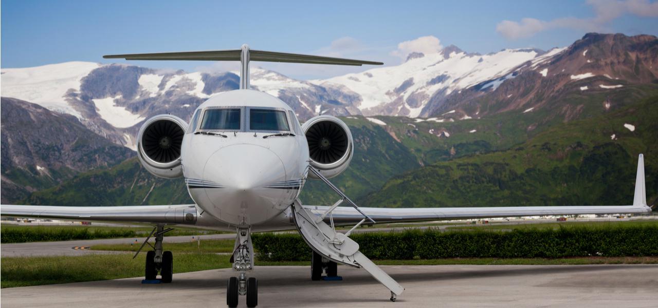 Когда лучше всего бронировать рейс на частный самолет?