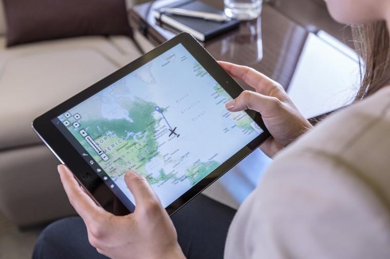 pc 24 cabin vail 25 free big - Беспроводной интернет на борту будет использовать световой спектр