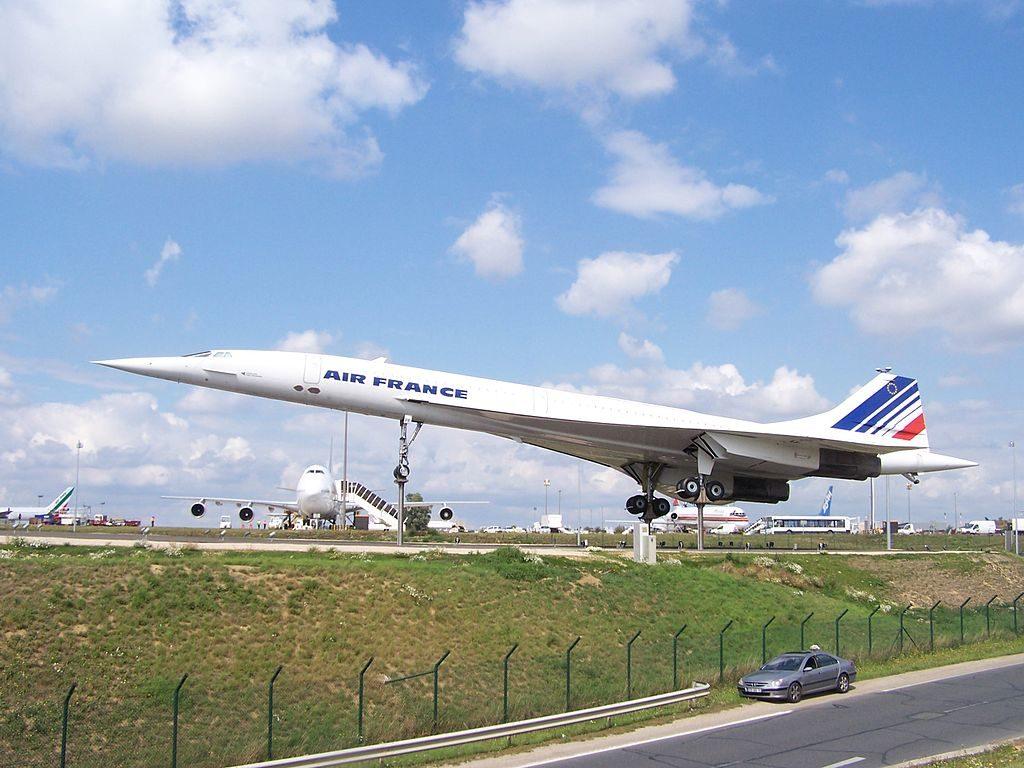1024px Concorde expo CDG 1024x768 - Сверхзвуковые пассажирские самолёты – вчера, сегодня, завтра