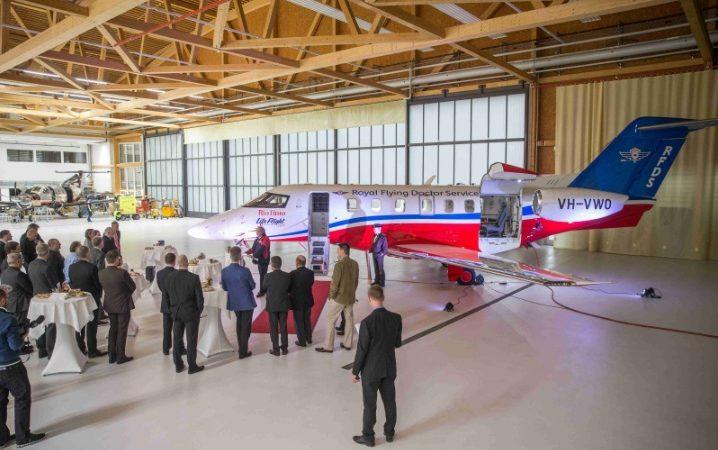 """pc 24ext 718x450 - Первая """"скорая помощь"""" на базе бизнес-джета Pilatus PC-24 передана клиенту"""